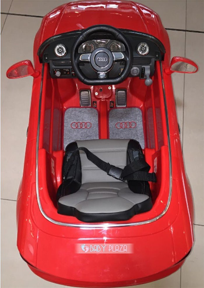 Ô tô điện dành cho trẻ em Audi A3 6