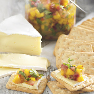 Mango Chutney with Camembert and Crackers
