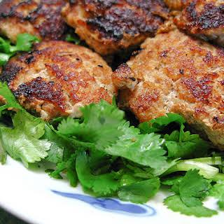 Pan Fried Pork Patty with Salted Fish 煎鹹魚豬肉餅.