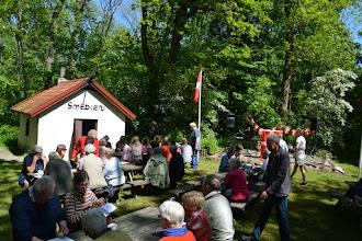 Photo: Folk ankommer til Grundlovsfesten