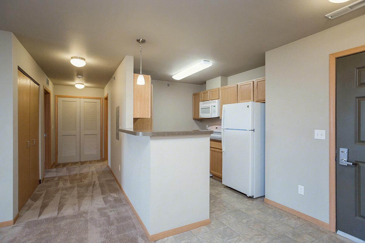 One bedroom one bath floorplan 1 bed 1 bath glacier place apartments in laramie wyoming for Apartment 1 bedroom 1 bathroom