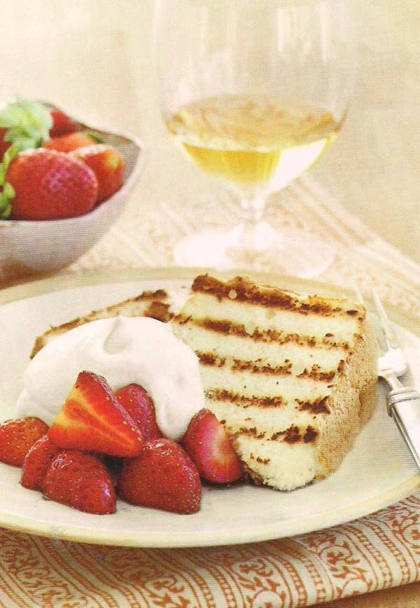 Grilled Angel Food Cake With Strawberries Recipe