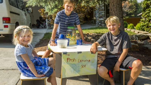 New Hampshire and Illinois Are Legalizing Unlicensed Lemonade Stands