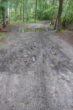 Photo: Hier en daar was het goed modderig na deze natte zomer. Maar wat deert dat.