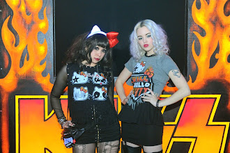 Photo: Hello Kitty wants to rock and roll all night – and party every day!