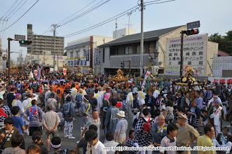 Photo: 【平成24年(2012) 本宮】  祭典本部前に集結した各地区の神輿・山車。