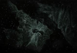 Photo: NGC 3372, nébuleuse de la Carène (ou plutôt un morceau de cette gigantesque nébuleuse). T406 à 88X en OIII et détail à 220X sans filtre. Août 2018. Depuis l'Afrique du Sud (Vryburg, Savannah Suntours), ciel superbe.