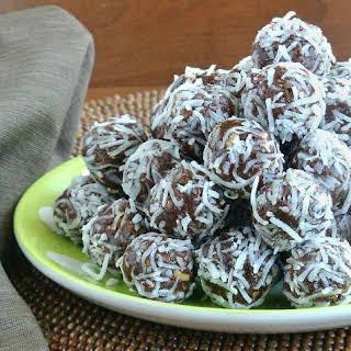 Raw Date Chocolate Balls.