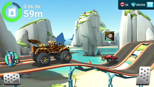 MMX Hill Dash 2 u2013 Offroad Truck, Car & Bike Racing 5.01.11586 screenshots 2