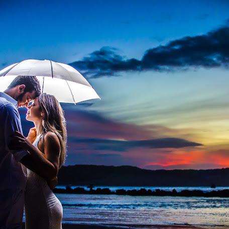 Wedding photographer Junior Sousa (jrblack008). Photo of 28.12.2017