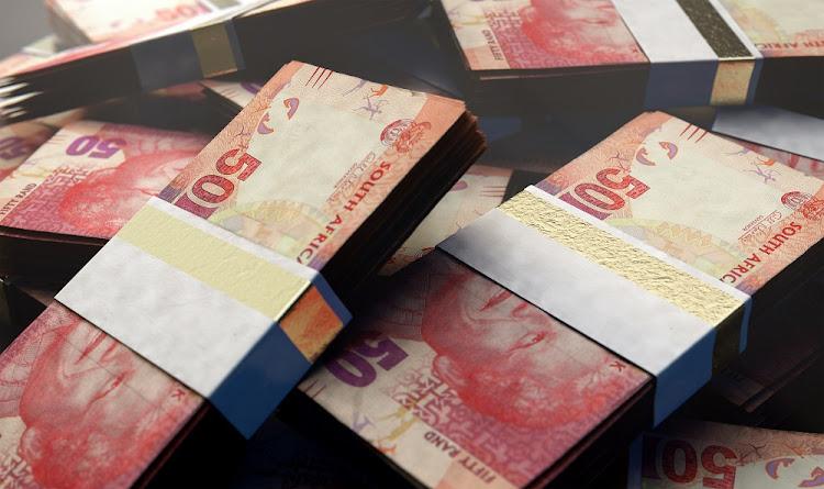 兰德在新兴市场货币中被出现,自Covid-19 Pandemer在全球范围内的新兴市场货币中,尽管南非的债务和失业率高。