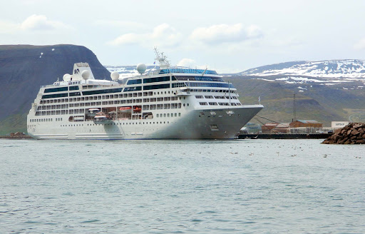 pacific-princess-in-iceland.jpg - Pacific Princess docked in Iceland.