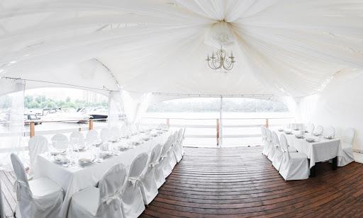 шатер для свадьбы в «Поместье-Парк»  2