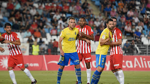 Lucien Owona volvió a jugar contra Las Palmas.