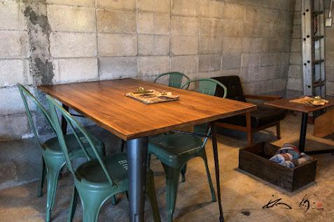 個性的なテーブル席