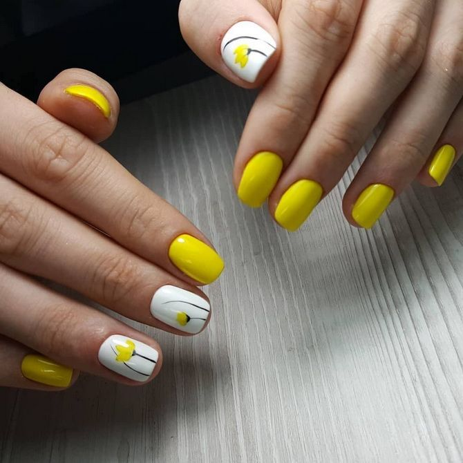 bright yellow manicure photo