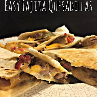 Easy Fajita Quesadillas to Make For Your Super Bowl Party!