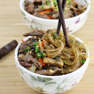 Bulgogi Japchae {Stir-Fried Noodles with Bulgogi}