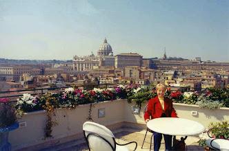 """Photo: #001-Vue du roof garden de notre hôtel """"Atlante Garden"""" sur le Vatican."""