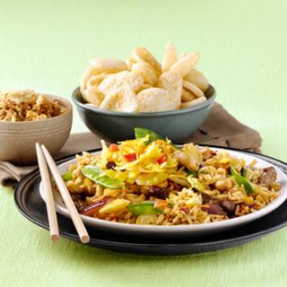 Nasi cashew-ketjap & Atjar Tjampoer