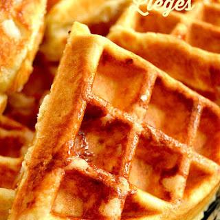 Copycat Lieges {Belgian-Style Waffles}