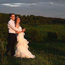 Wedding photographer Lena Andrianova (andrrr). Photo of 17.07.2017