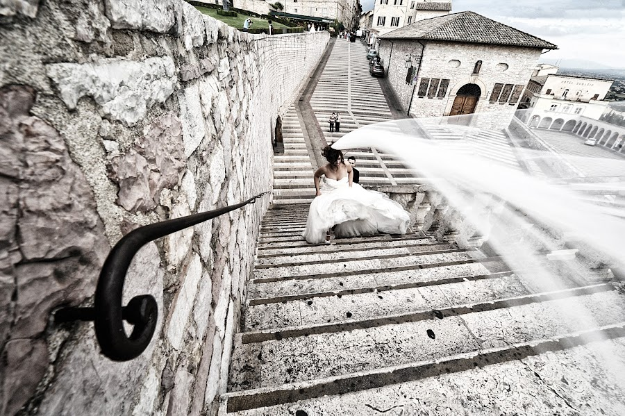 Wedding photographer Emanuele Vignaroli (vignaroli). Photo of 12.03.2015