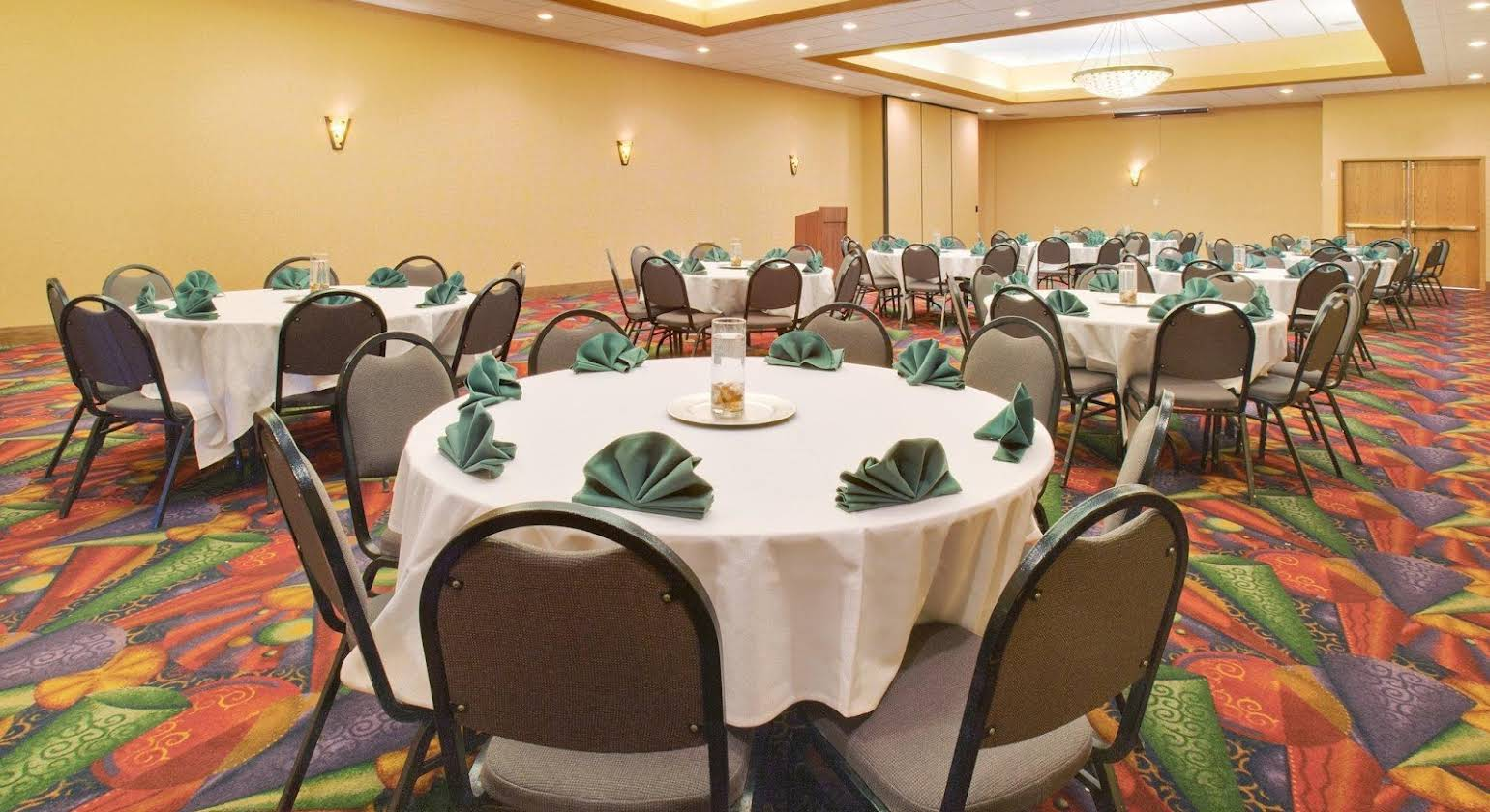 Holiday Inn Austin Conference Center