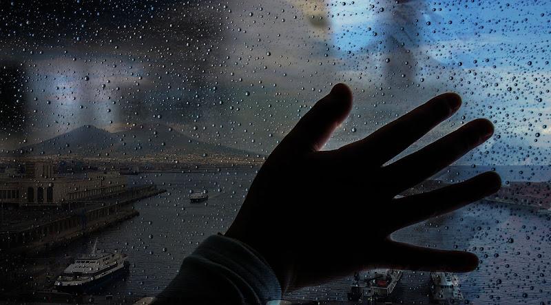 Napoli sotto la pioggia di abonina