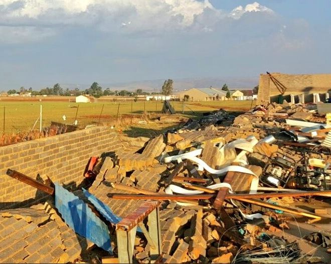 One Killed and two hospitalised as a reported tornado hits in Hillside road area.  Image: TWITTER/NETCARE911