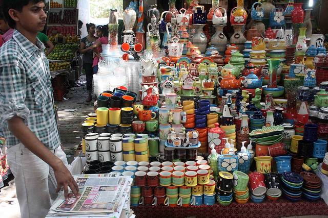 home-decor-sarojini-nagar-market-delhi-guide_image