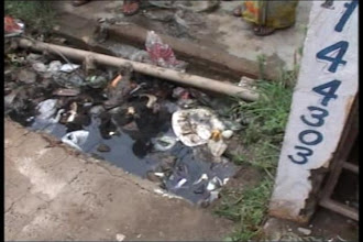 Photo: Ghaziabad: Open drain claims 4-year-old's life http://t.in.com/9p2Q