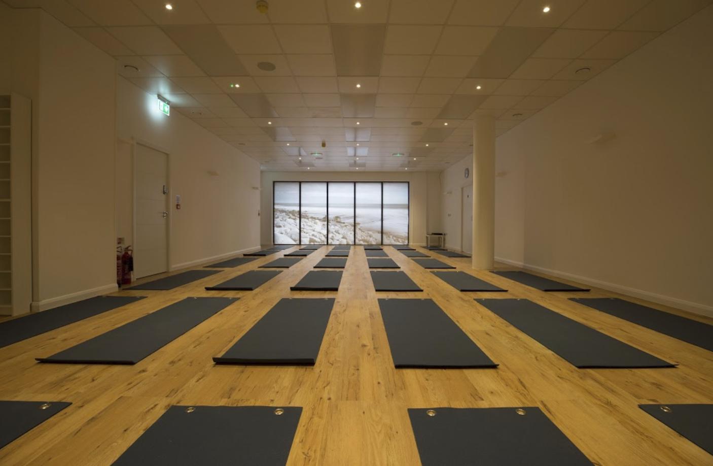 Yoga Works London | GoSweat | The 4 Best Wandsworth Yoga Studios