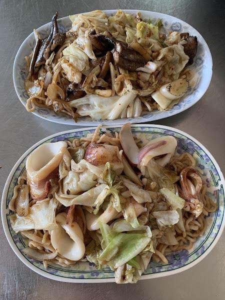 每次到台南必吃 我不吃鱔魚,但我超愛他們家的花枝 三十年來沒換過!👍👍👍