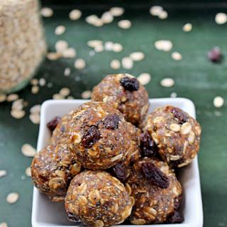 Oatmeal Raisin Cookie Energy Bites {no added sugar!}