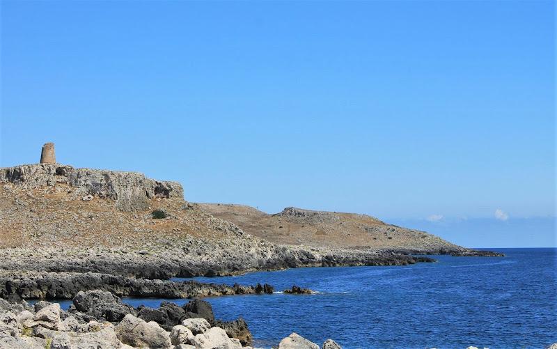 confine tra roccia e mare di fmspino
