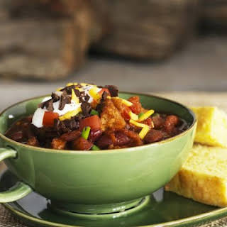 Spicy Meat Stew with Cornmeal Slices.