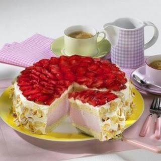 Ricotta-Erdbeermousse-Torte