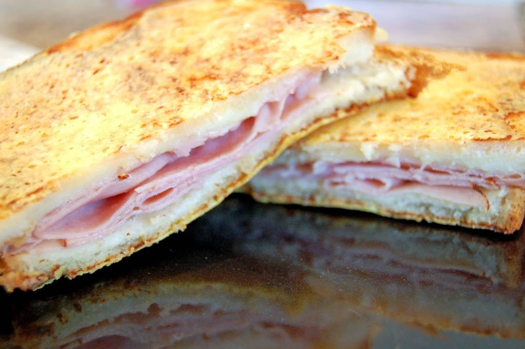 "Croque Monsieur – ""Fancy"" Toasted Ham and Cheese Recipe"