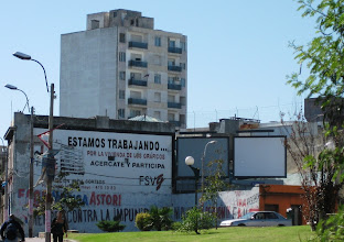 Photo: Espanjan kielen gerundia kaupungilla