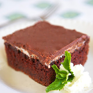 Grandma's Hint of Mint Cake