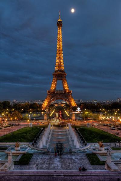 Photo: Eiffel Tower - night  Copyright Tour Eiffel - Illuminations Pierre Bideau