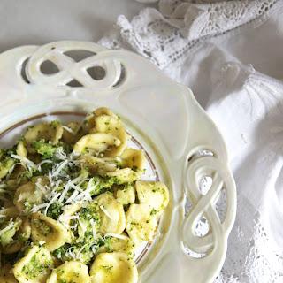 Orecchiette with Broccoli and Anchovies Recipe