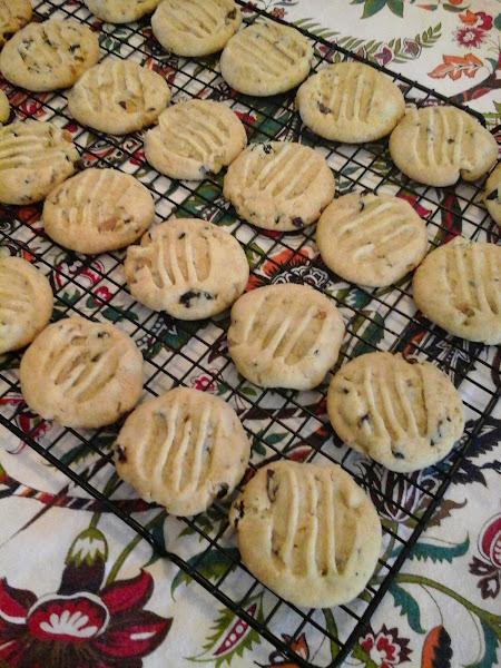 Cherry Pistachio Cookies Recipe