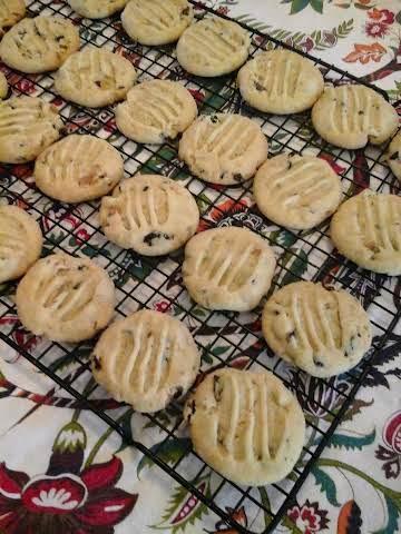 Cherry Pistachio Cookies