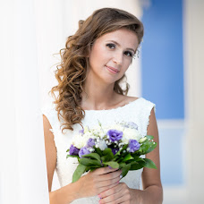 Wedding photographer Darya Aleksandrova (Darenka). Photo of 07.04.2017