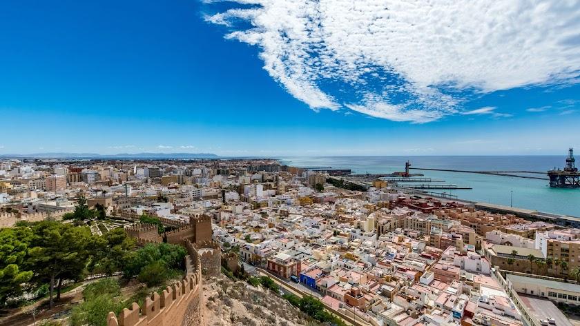 Imagen panorámica de Almería capital.