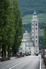 Photo: Bazylika wzniesiona w miejscu objawienia maryjnego, około kilometr przed bramami miasta, wybudowana w 1505 roku