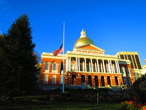 Photo: State house - flag at half staff