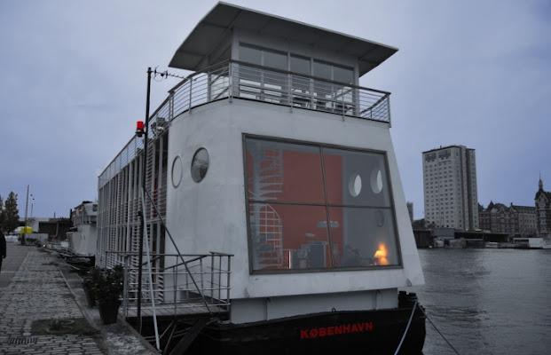 Casa danese galleggiante di silvia_bobo